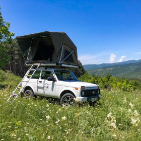 Lada Niva with Roof top tent open