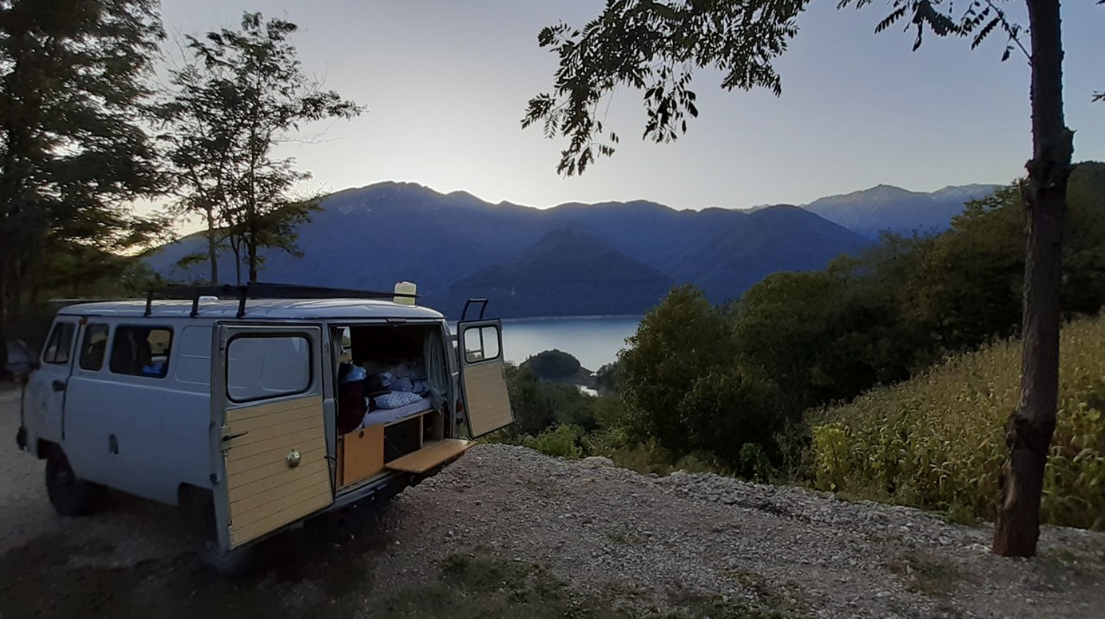 UAZ Buhanka Camper Kitchen